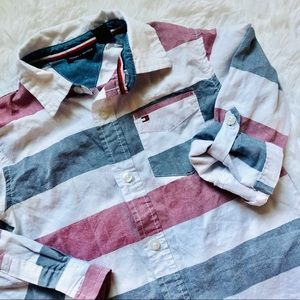 TOMMY HILFIGER • Stripe Red|White|Blue Button Down